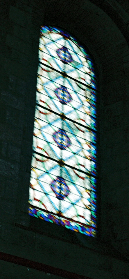 Le_mans_stained_glass_2a